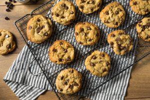チョコチップクッキーが並んでいる写真