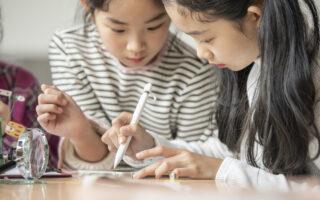 子供の好奇心を高める方法英会話学習